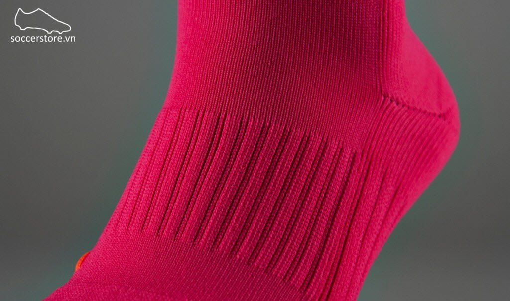 Tất Nike Classic II socks- Voltage Cherry/ Black 394386-640