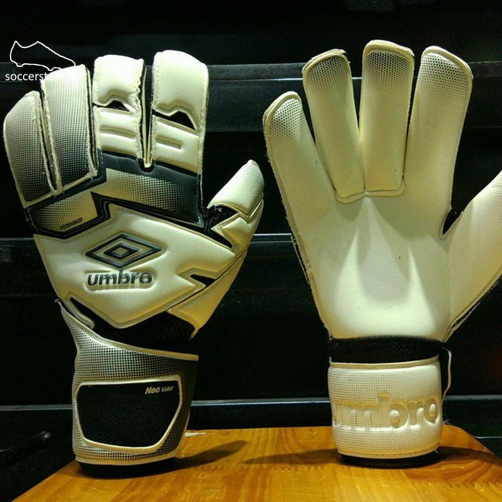 Găng tay thủ môn Umbro Neo Valor- White/ Black GK Gloves 20738U-096