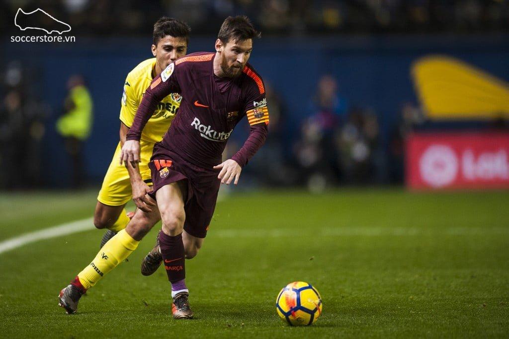 Leo Messi sử dụng dòng giày Adidas Nemeziz