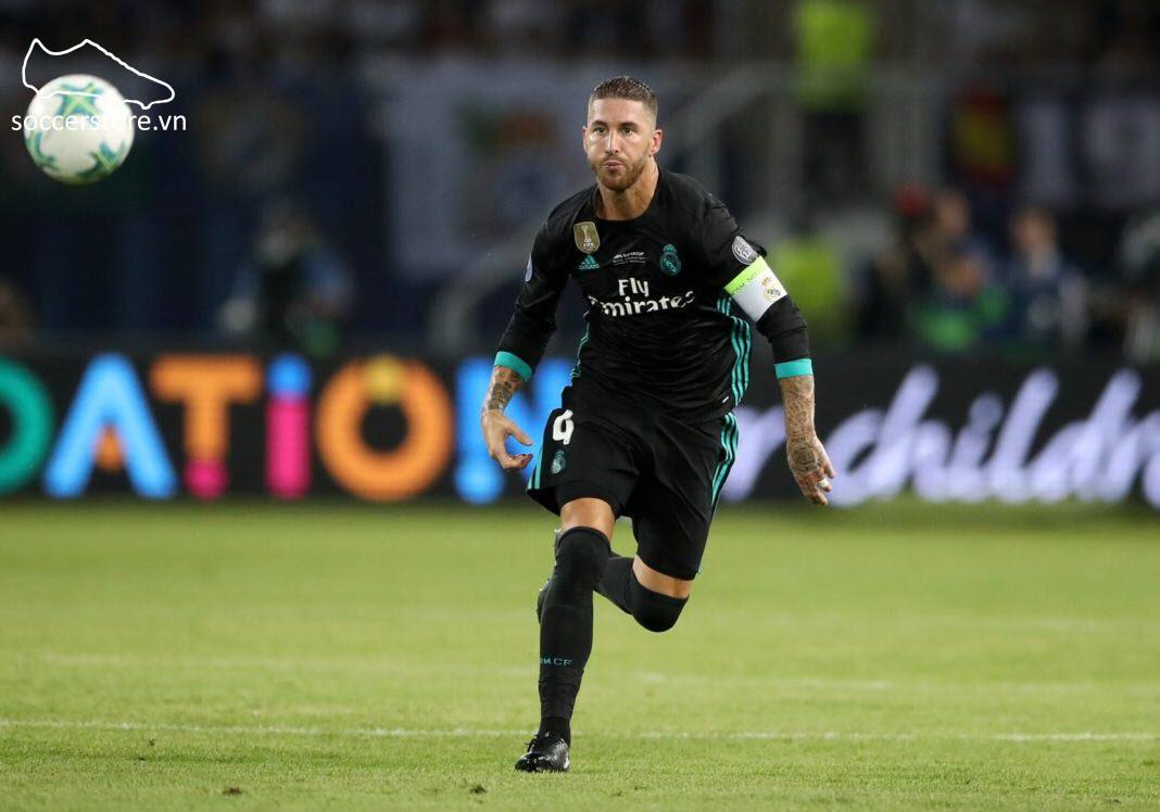 Sergio Ramos là cầu thủ tiêu biểu sử dụng dòng giày Nike Tiempo