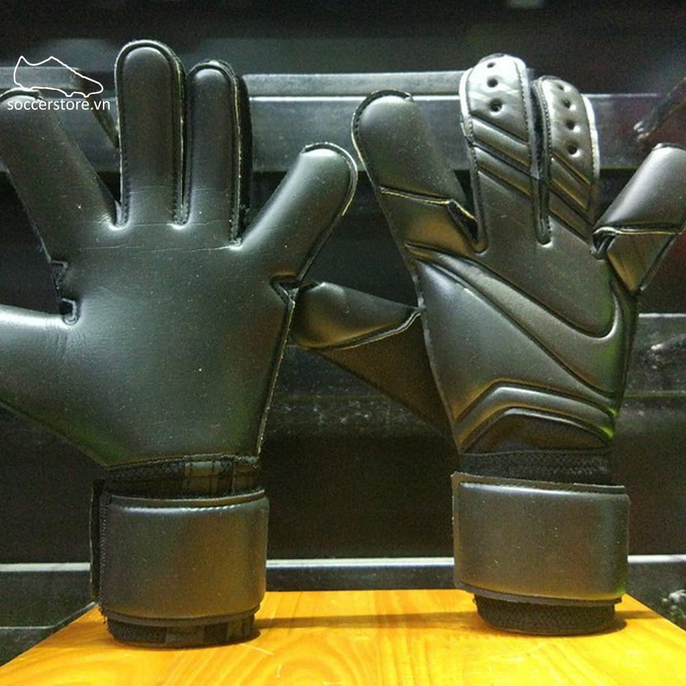 Nike Vapor Grip 3- Black/ Black/ GK Gloves GS0347-011
