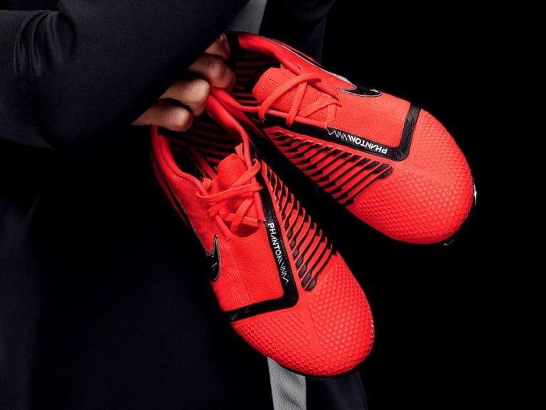 Giày Nike Phantom VNM: sinh ra dành cho kẻ sát thủ!