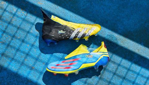 Giày bóng đá Adidas x Marvel 2021
